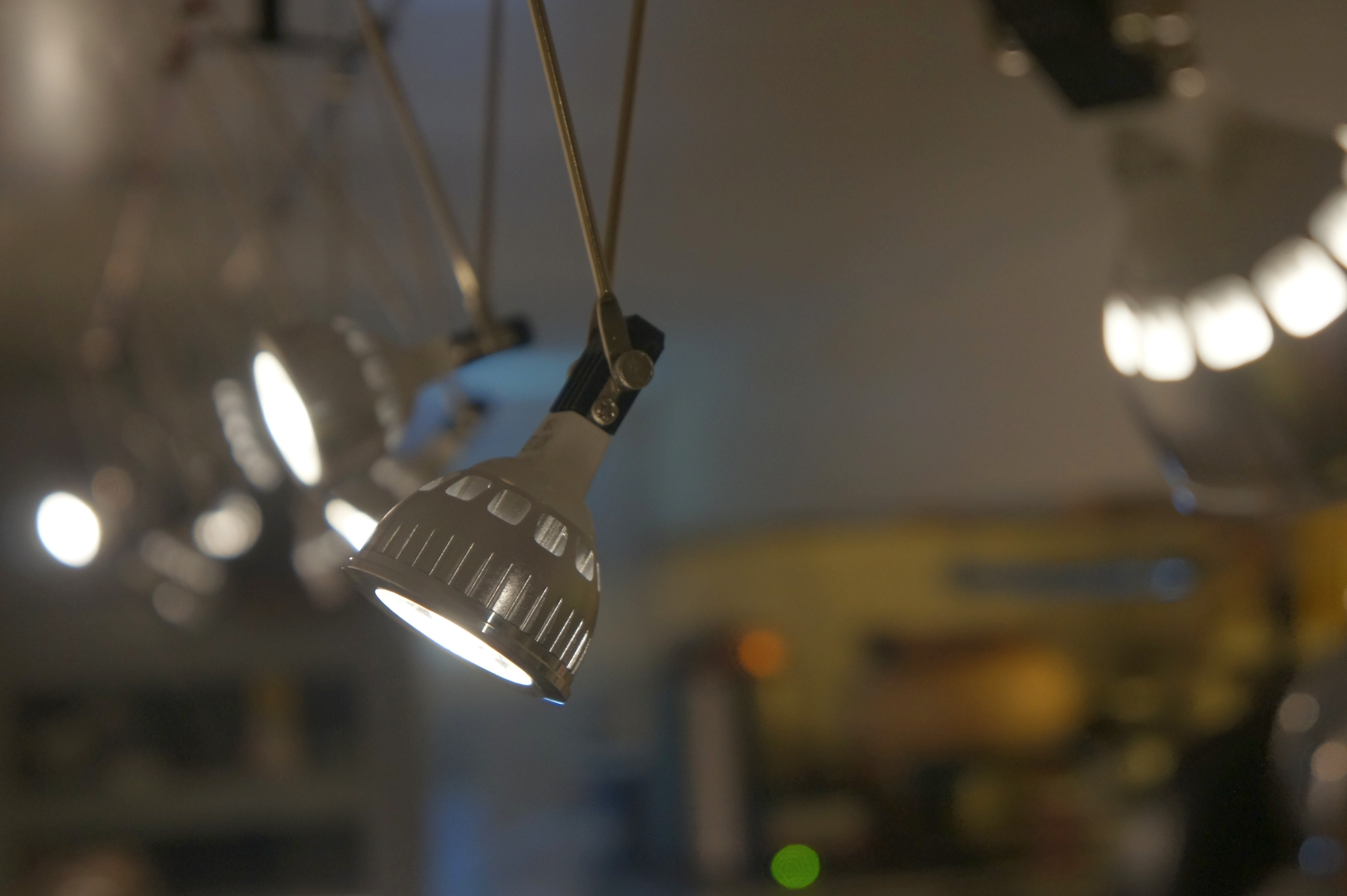 Fabrication Gessel On Use A Relay Or Smart Switch With The 45 Watt Higher Halogen Lights My Kitchen Has Had Lighting For 20 Years From Back When It Was Slightly More Efficient Choice Than Incandescent And Pleasing